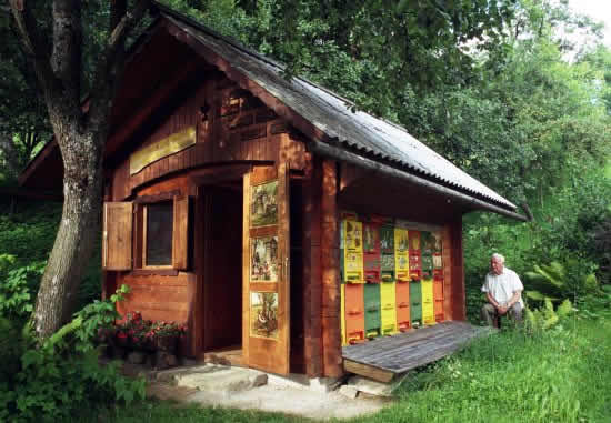 Honey Bee House Plans - Architectural Designs